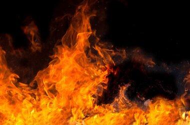 Под Тверью в пожаре сгорел мужчина