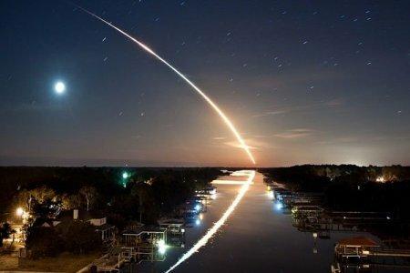 Падение крупного метеорита засняли камеры наблюдения в Финиксе